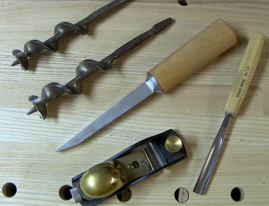 Curve cutting tool kit